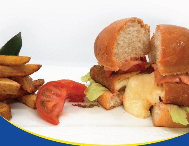 Mozzarella Cheese Burger feautred